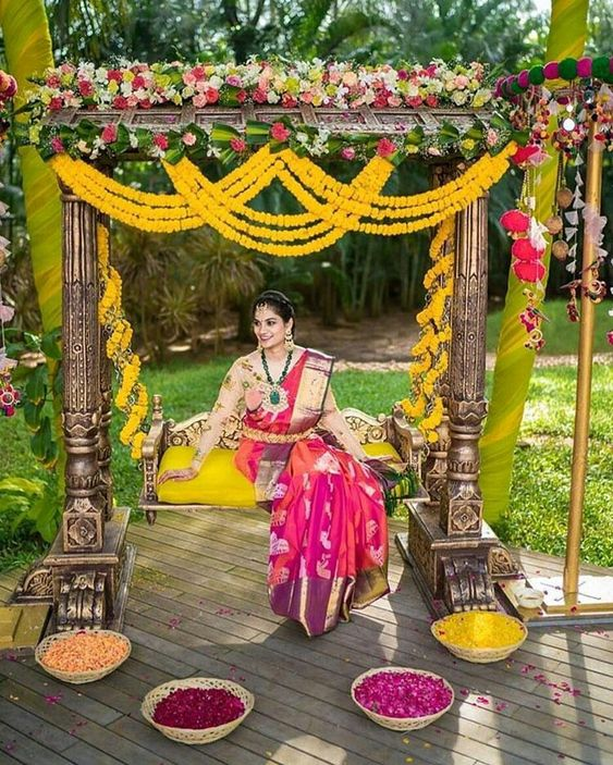 Oonjal Swing Decoration