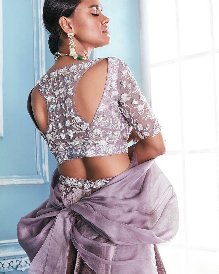purple back blouse