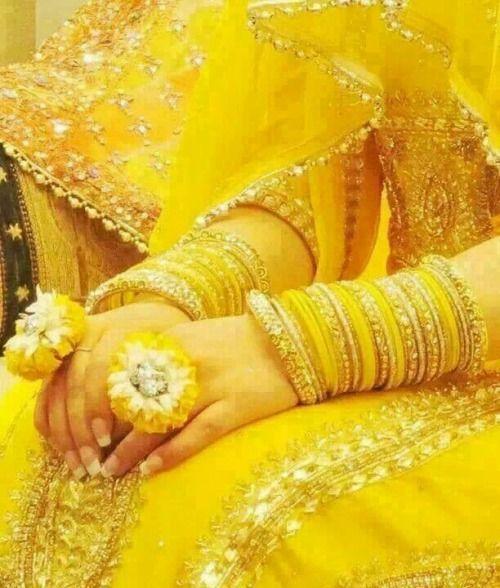 bridal yellow chooda