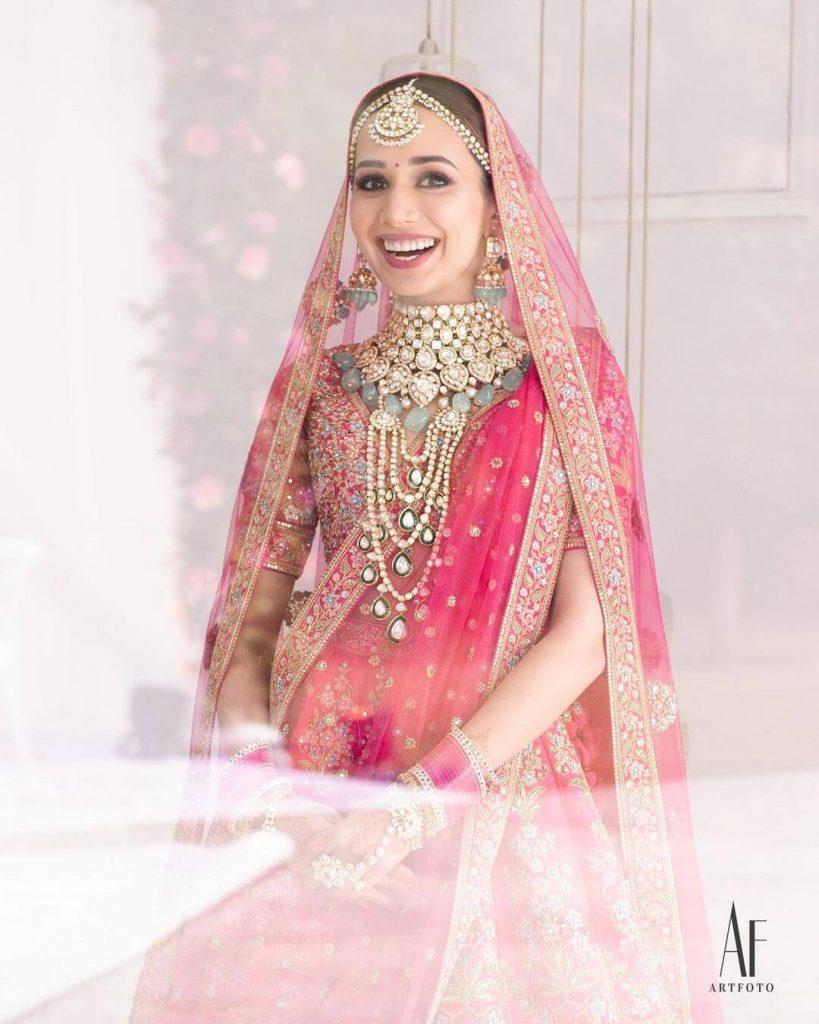 pastel bridal accessories
