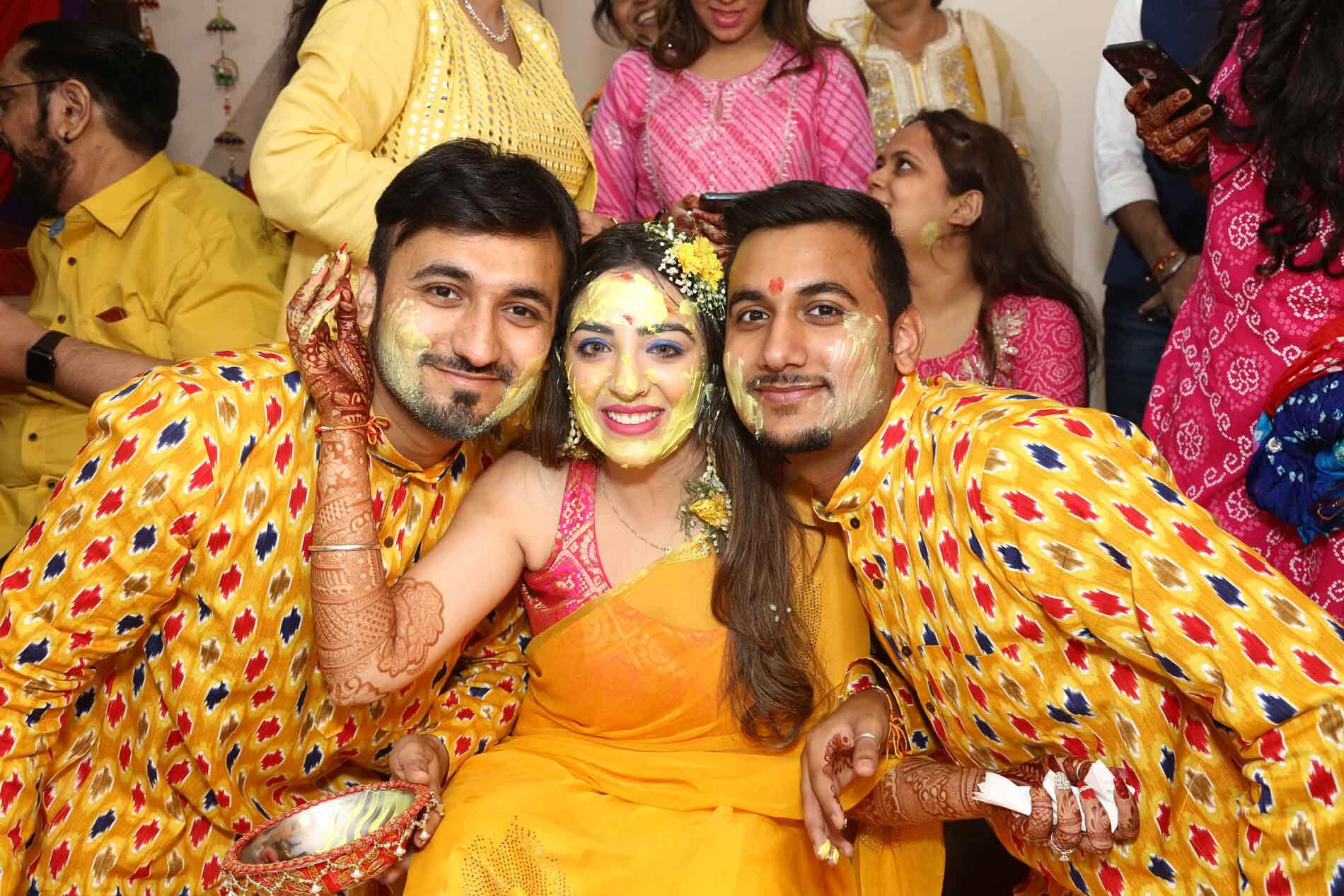 bride & her brothers