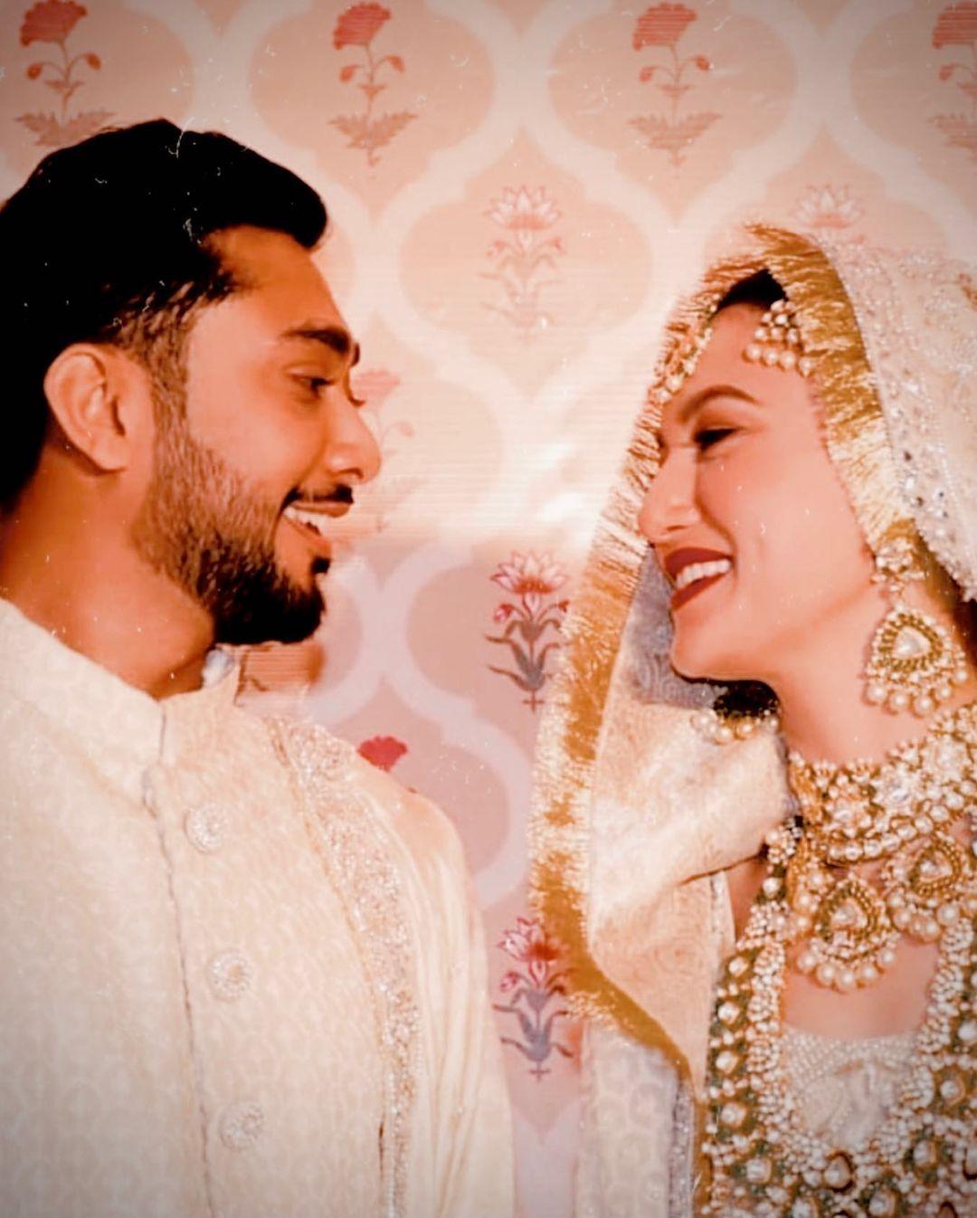 gauahar khan's wedding picture