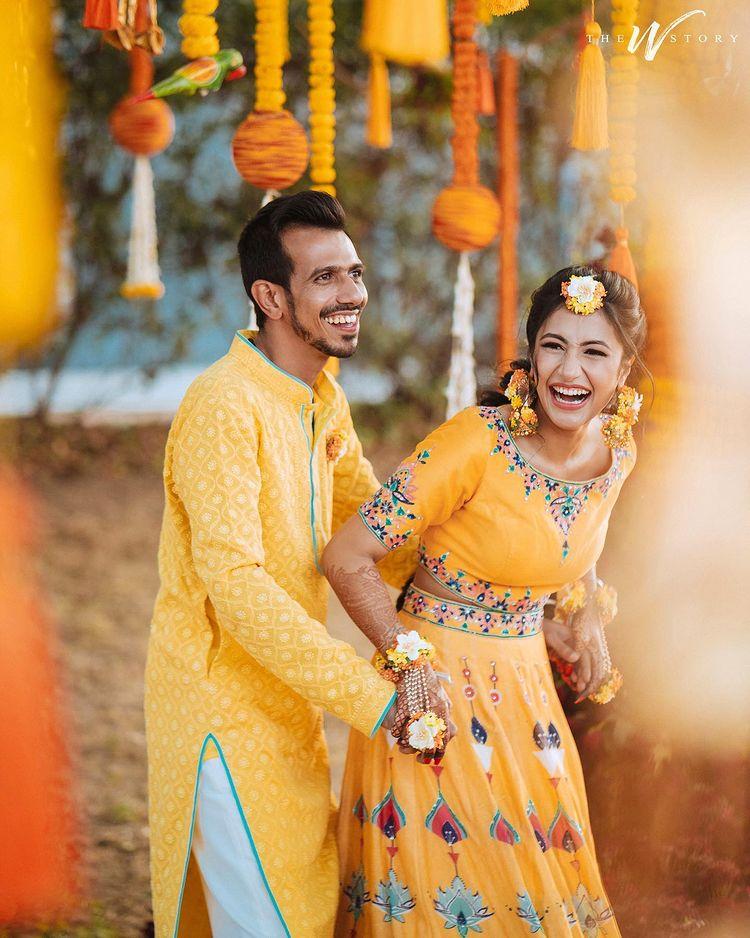 yellow haldi outfit ideas