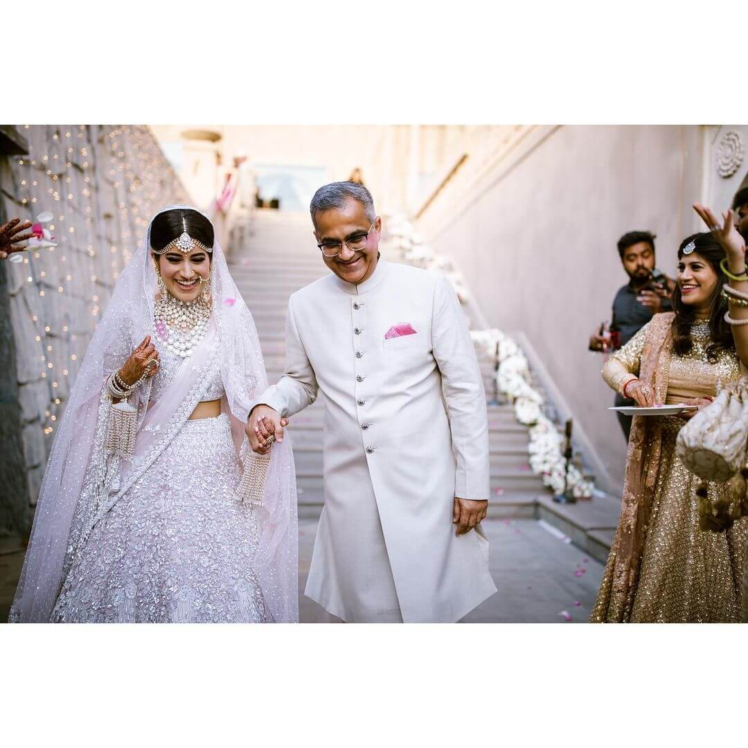 Bridal entry with father