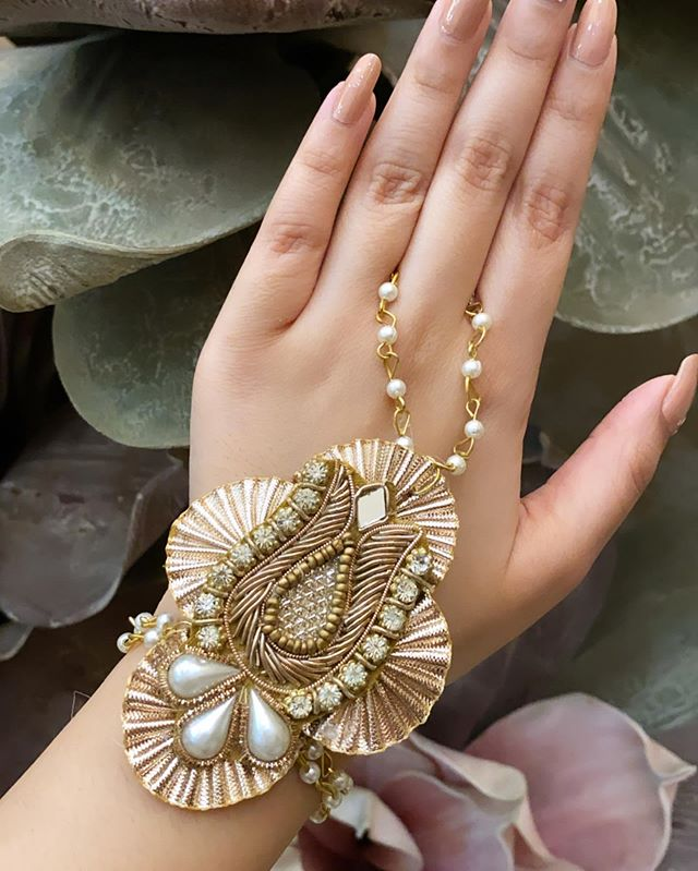 Gota Patti Hand Jewellery Idea