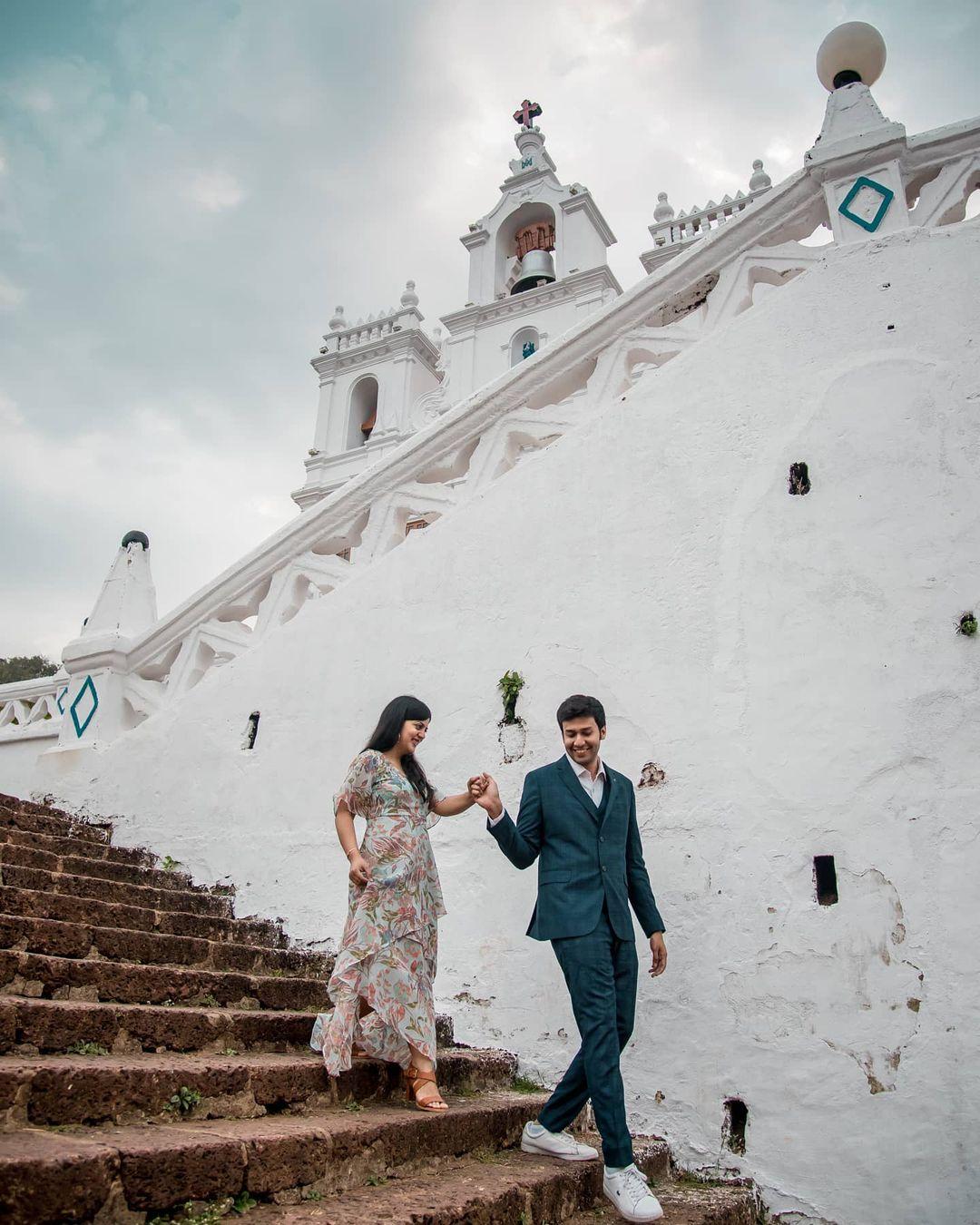 Pre-wedding shoot in Goa's church