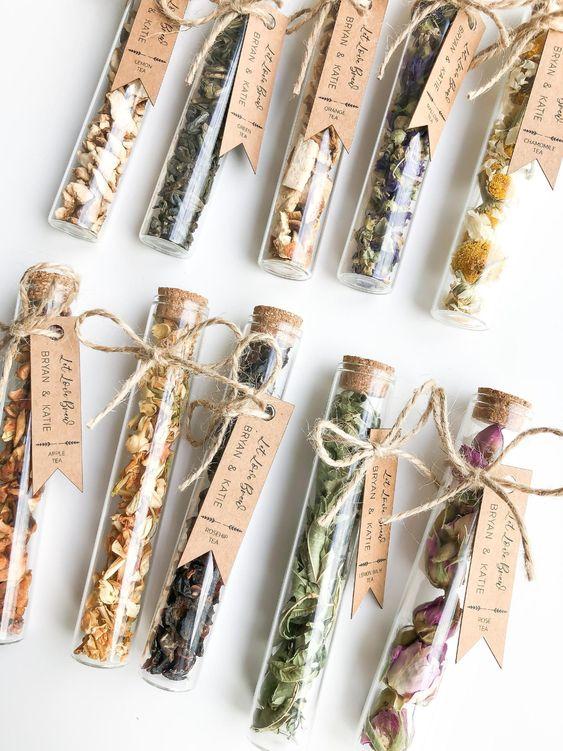 Tea blends for wedding guests
