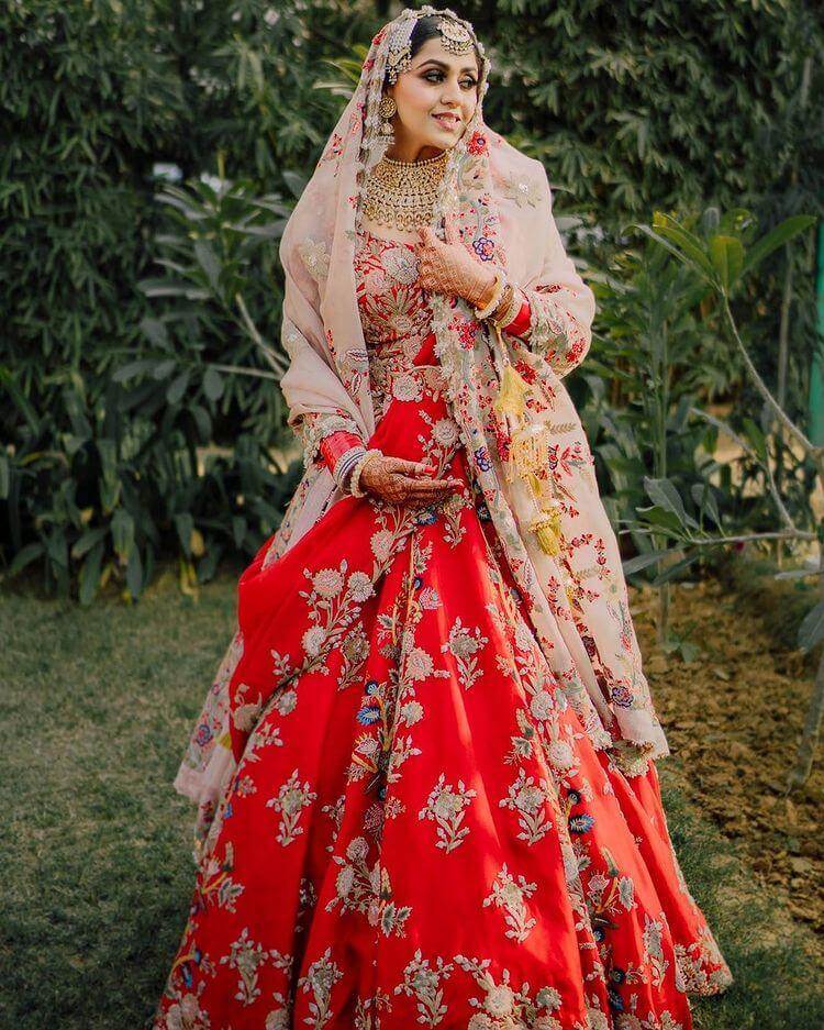 anamika khanna wedding dress