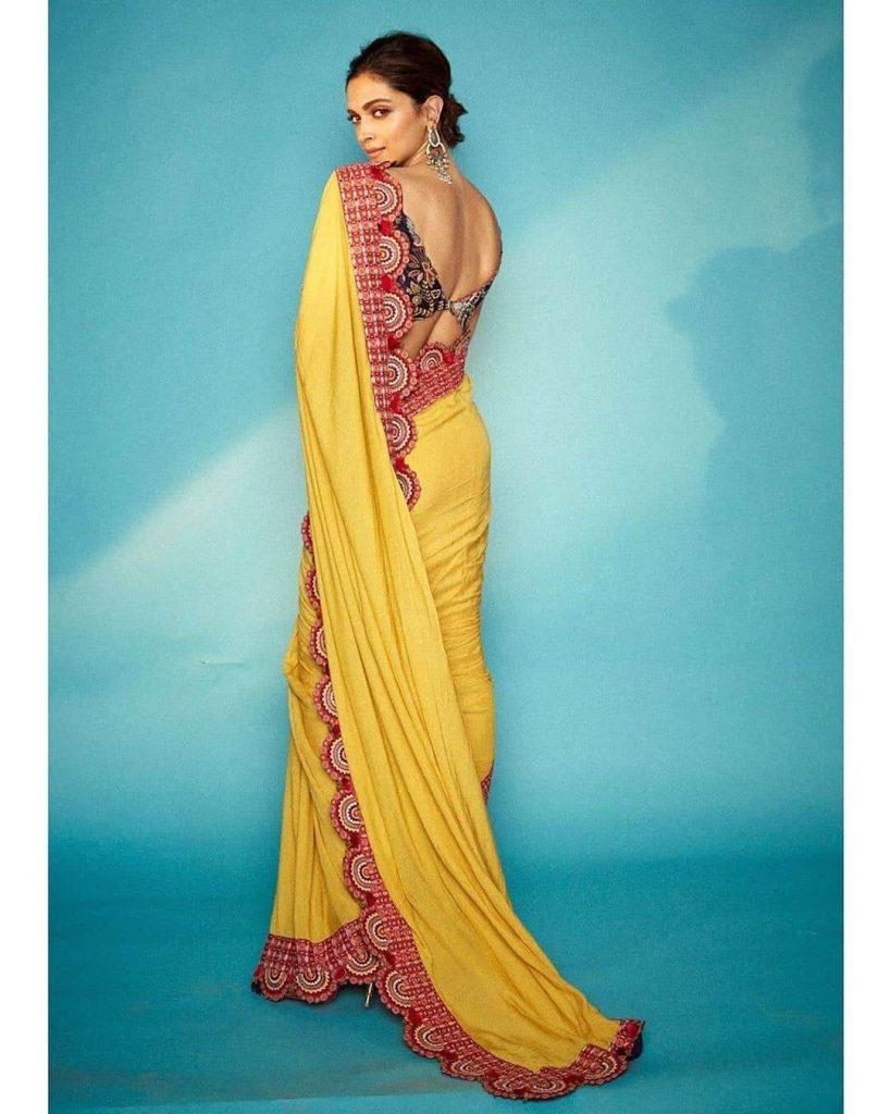 designer anamika khanna saree
