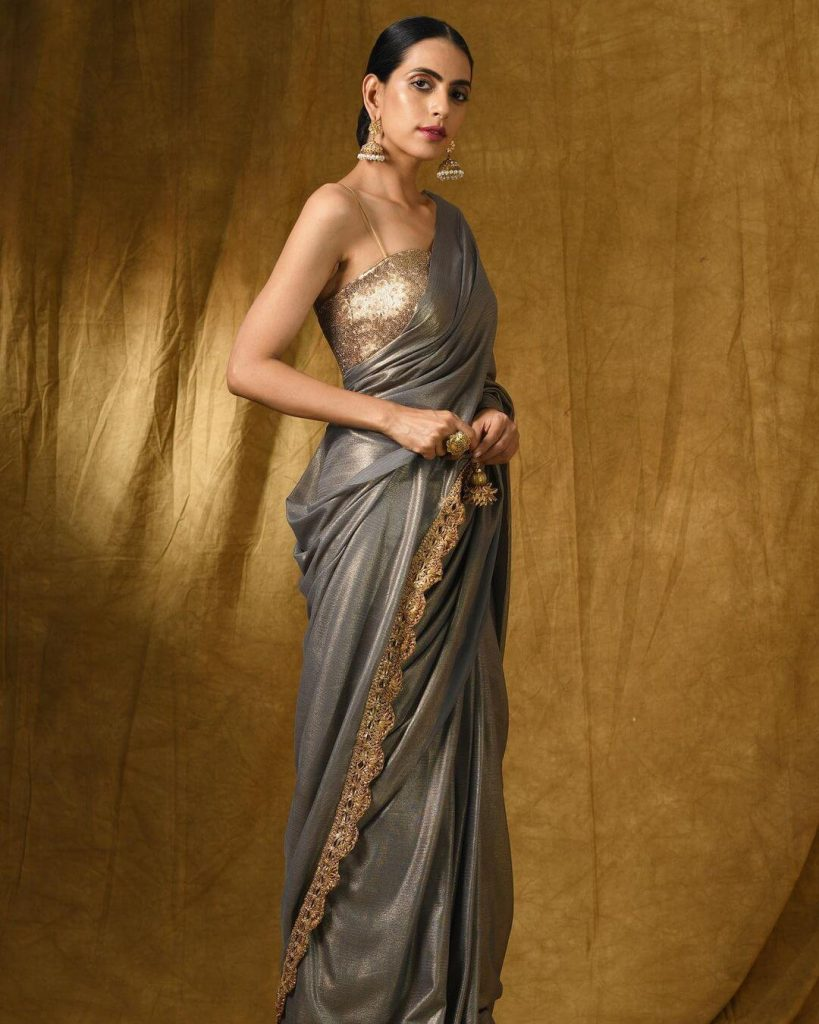 calloped edge embroidered saree