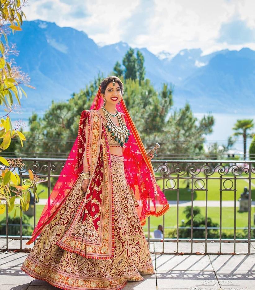 brides in double dupatta