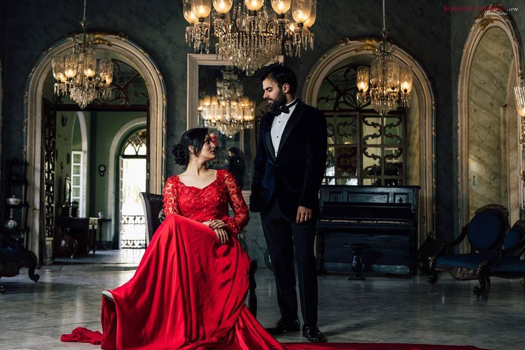 couple pre-wedding mansion photoshoot