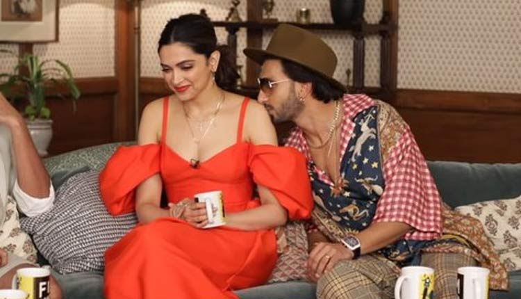 deepika ranveer shoulder kiss