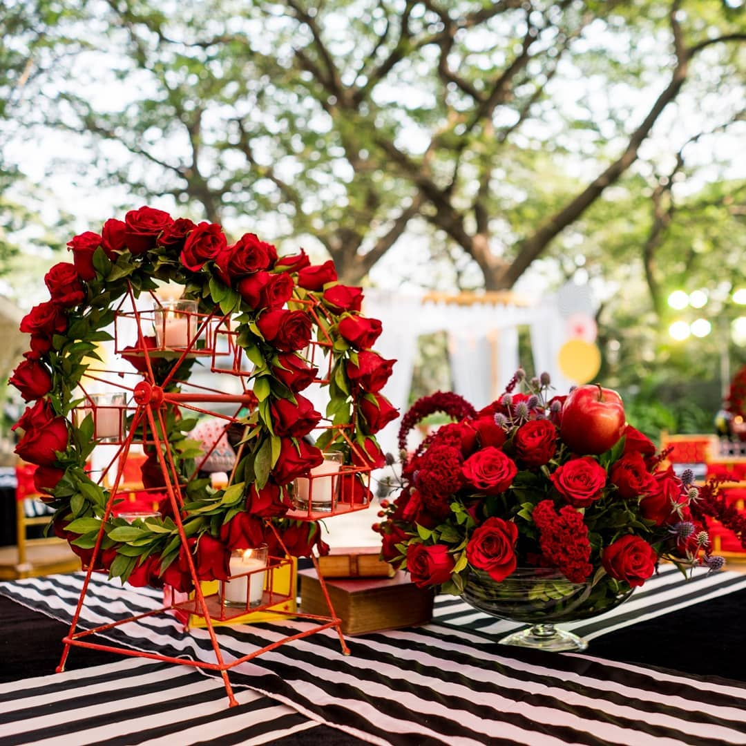 floral red roses centerpiece