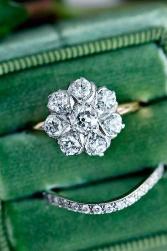 floral shaped wedding ring