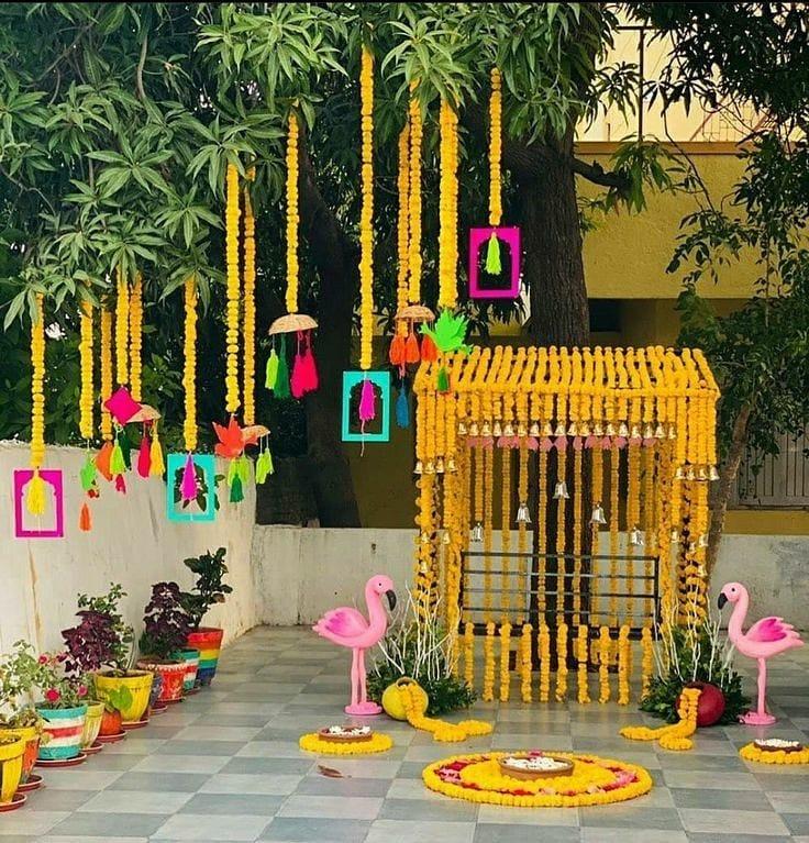 genda phool swing decor