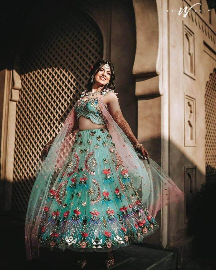 bridal mehendi dresses