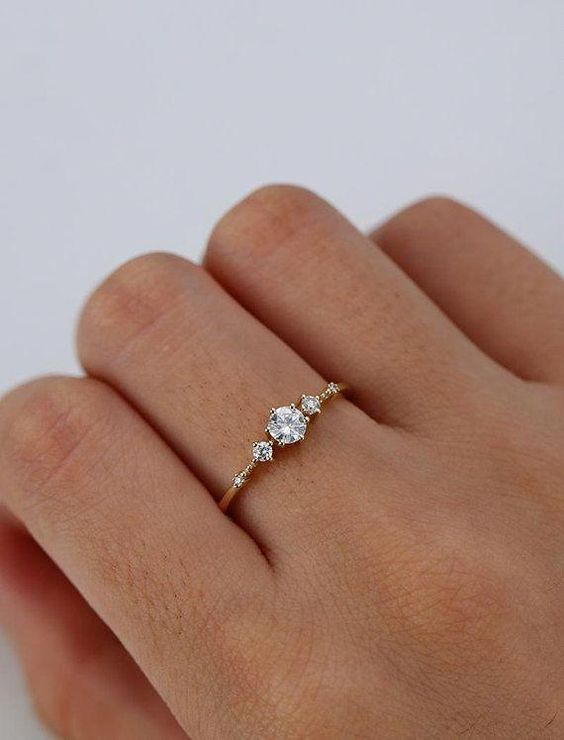 minimalist wedding ring
