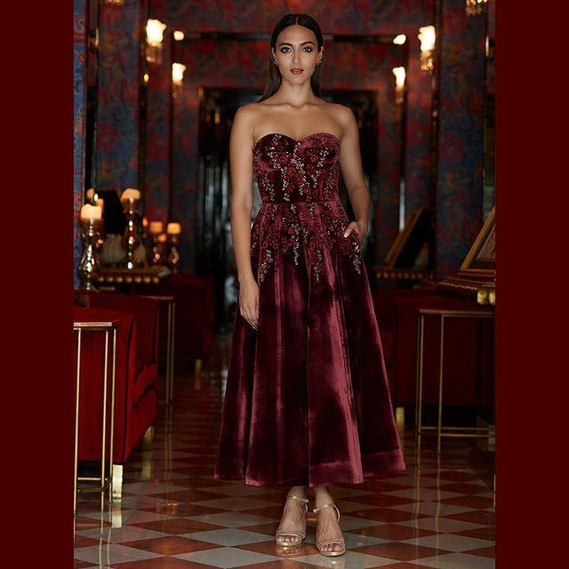 offshoulder velvet dress