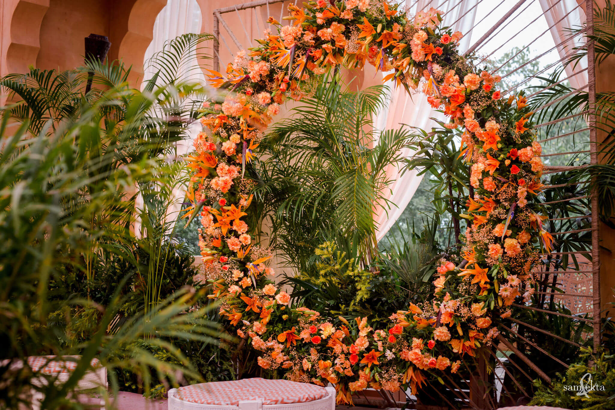 pastel wreath decor