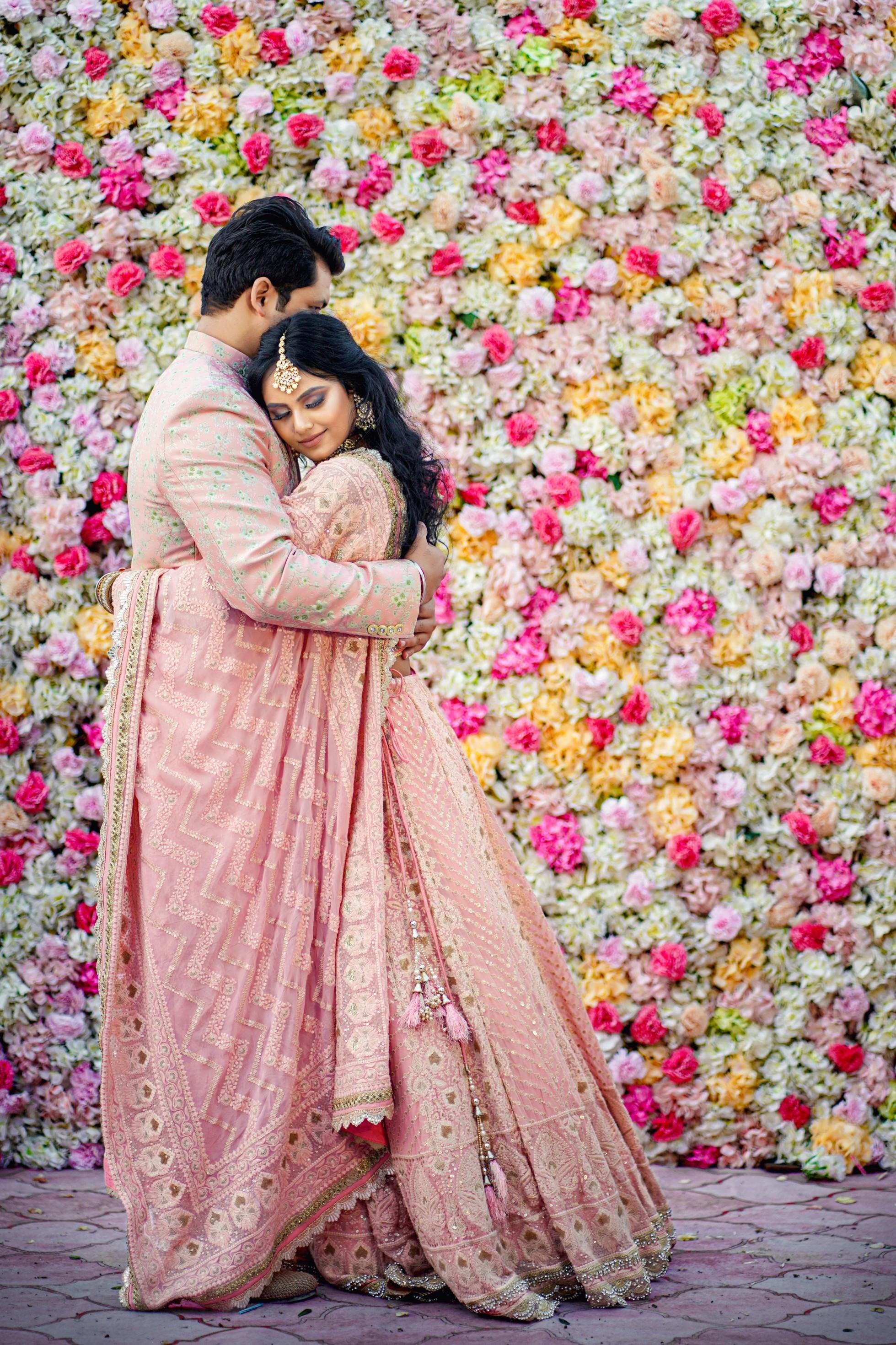 romantic couple photo poses