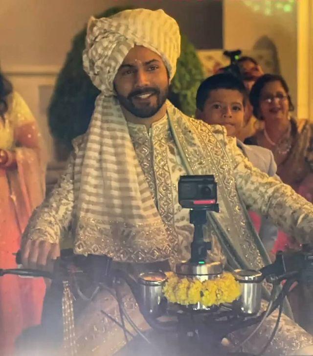 Varun Dhawan's Filmy Entry