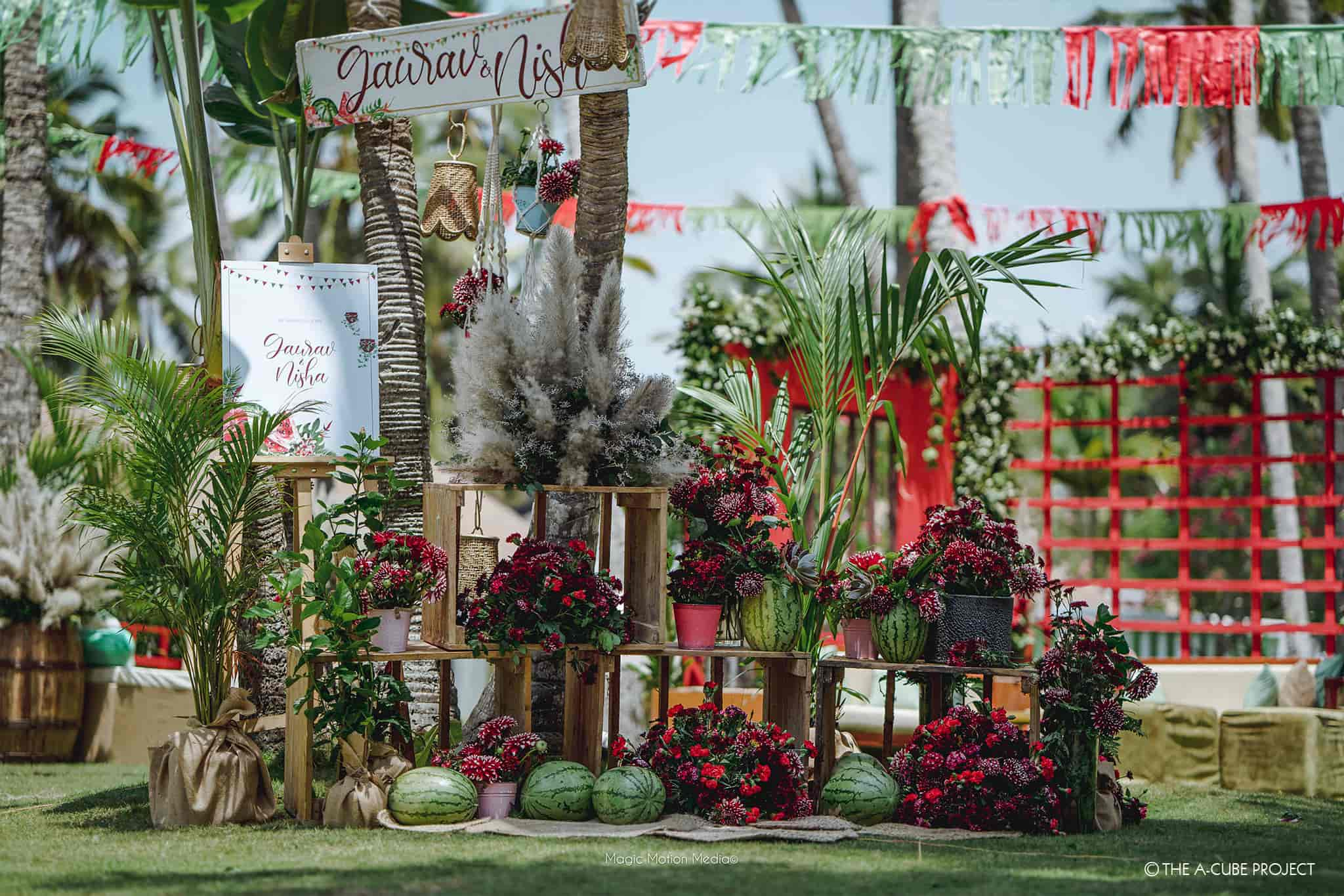themes for summer wedding