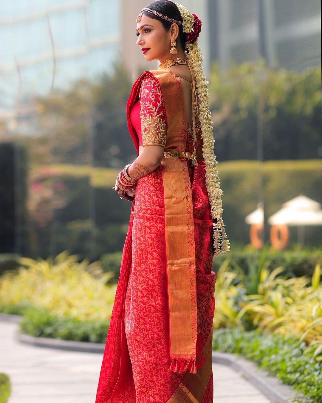 Shamata Anchan bridal outfit