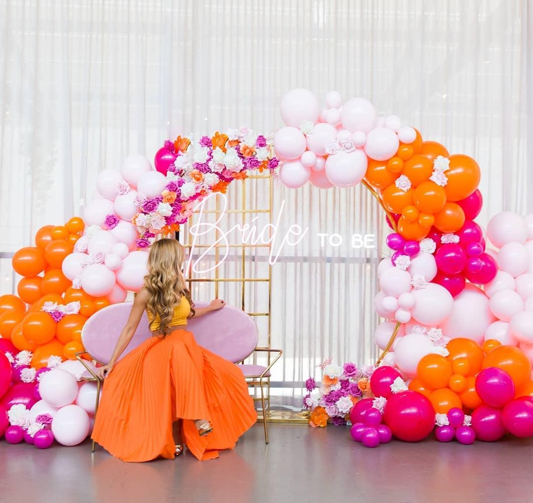 bride-to-be decor balloons