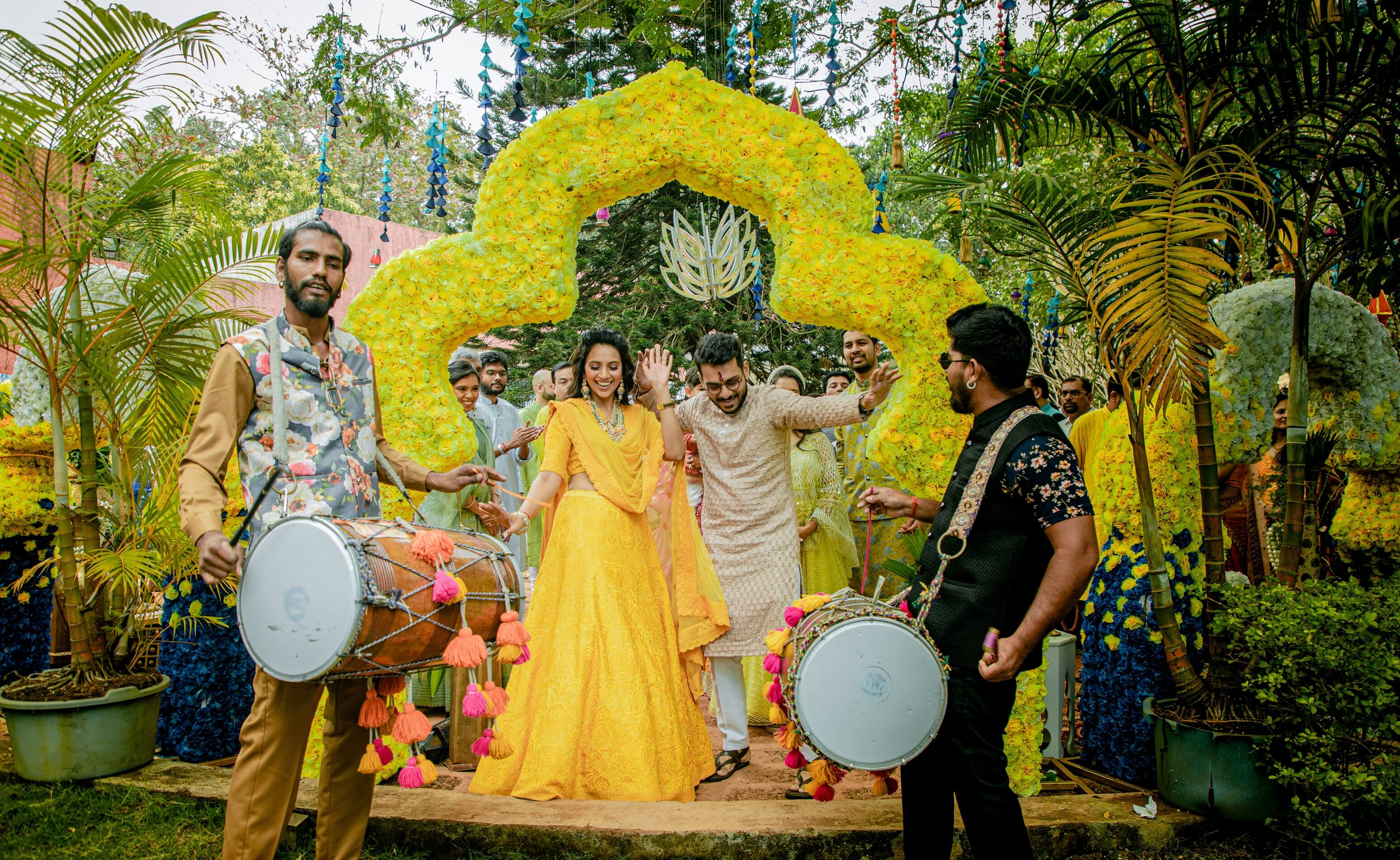 couple entry on dhol