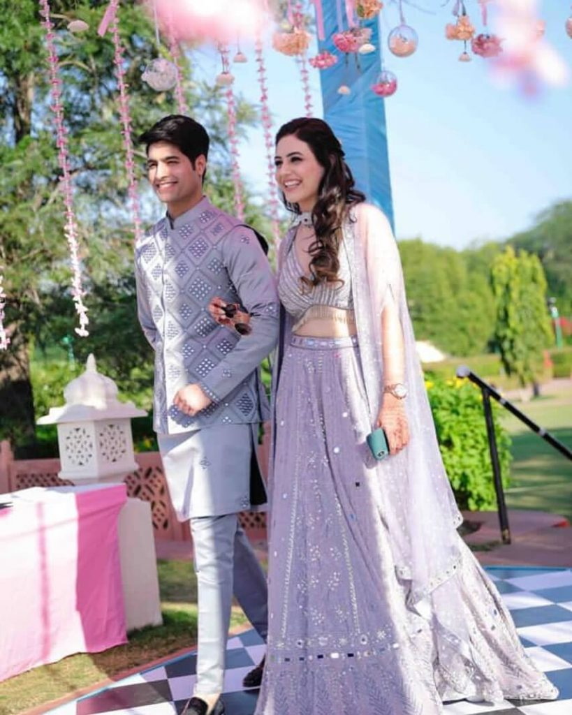 pastel wedding outfits