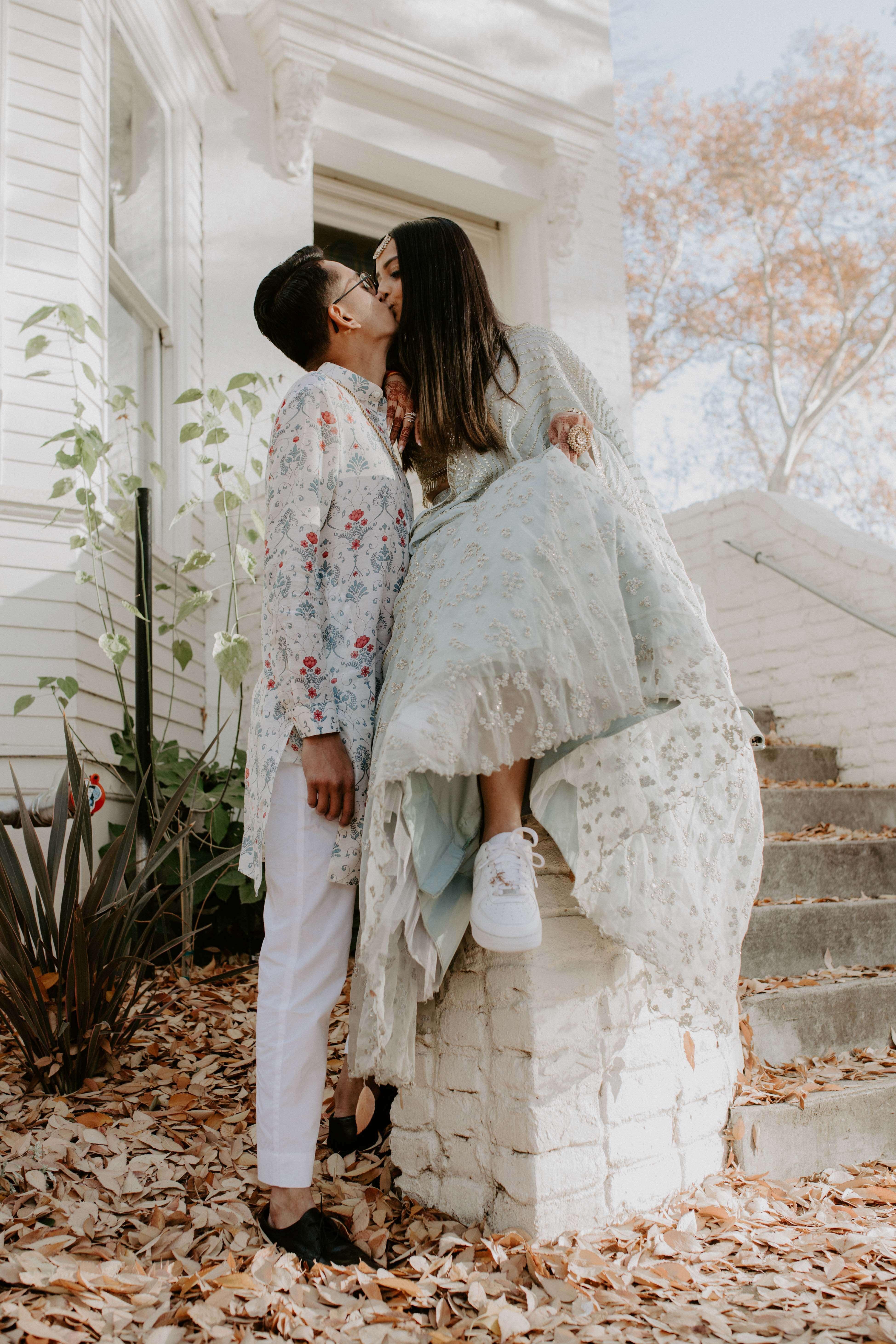 couple kissing shot
