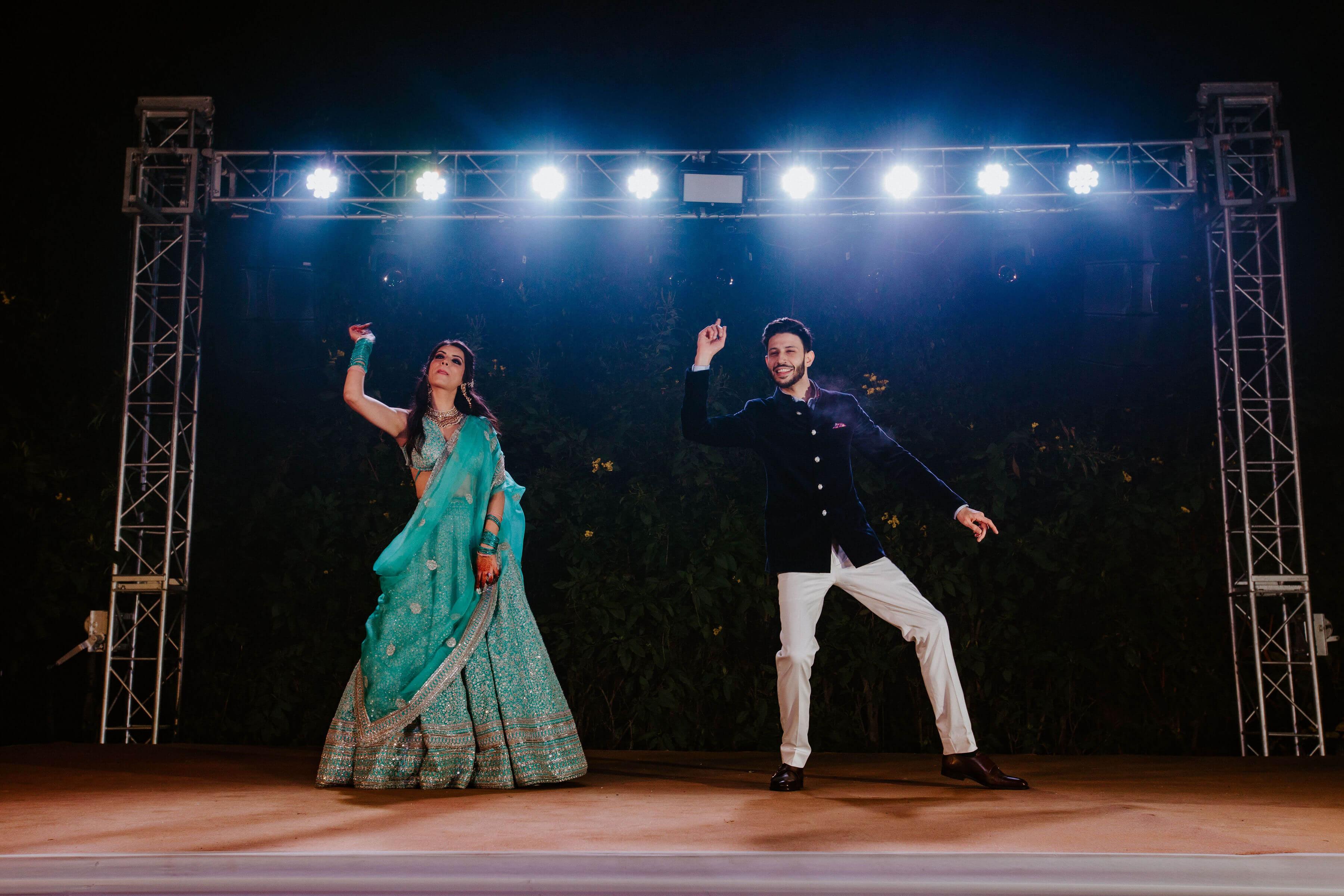 couple sangeet dance shot