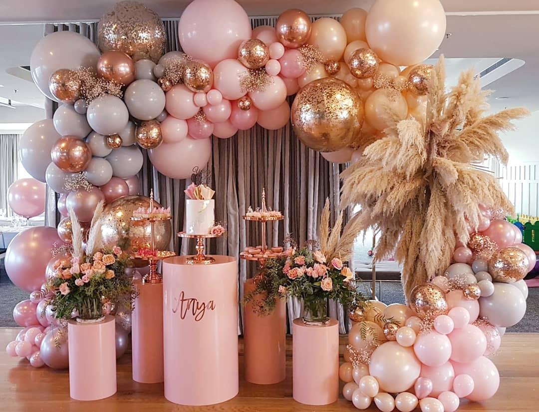 dessert bar balloon decor