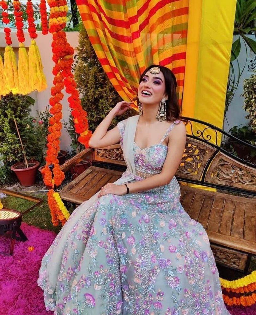 bridal lehenga floral designs