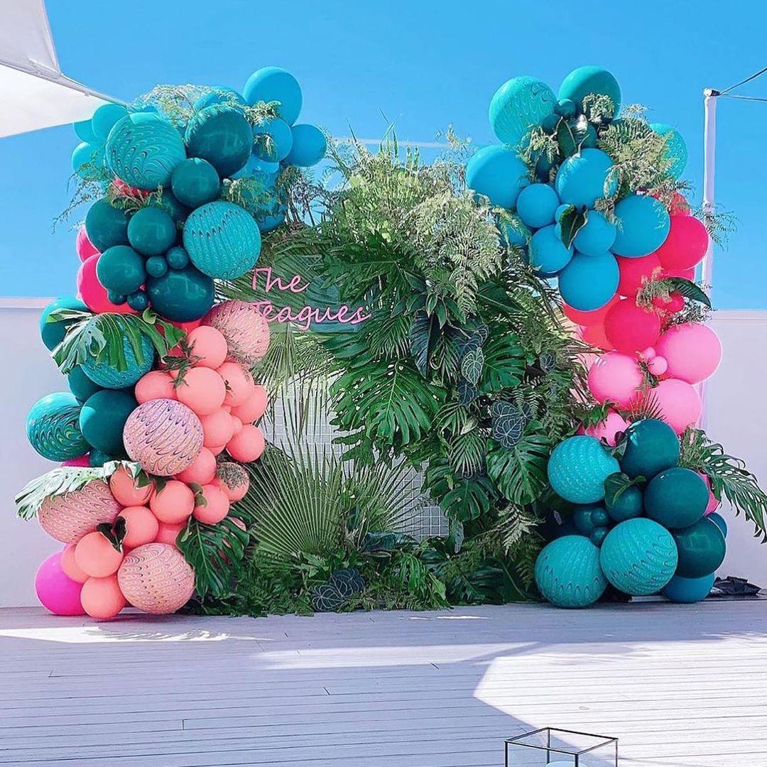 photobooth balloon decor