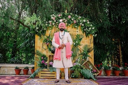 punjabi groom sherwani