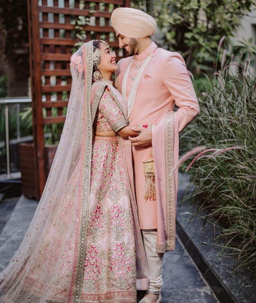neha kakkar wedding outfit