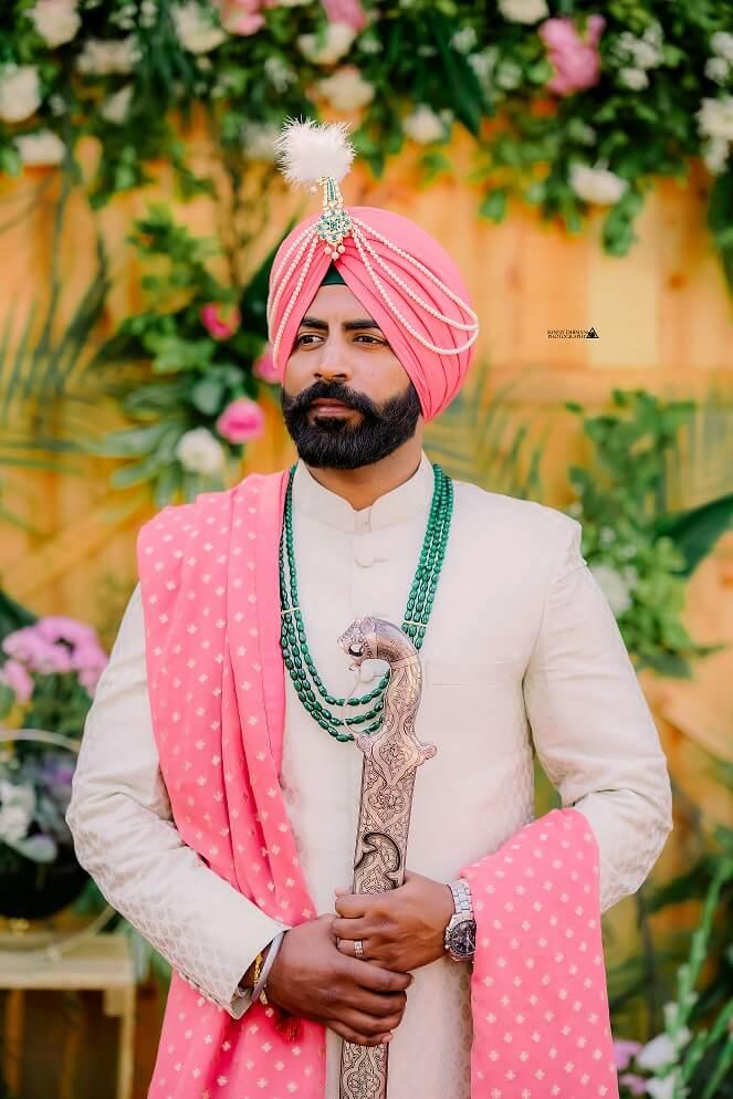 sikh groom look