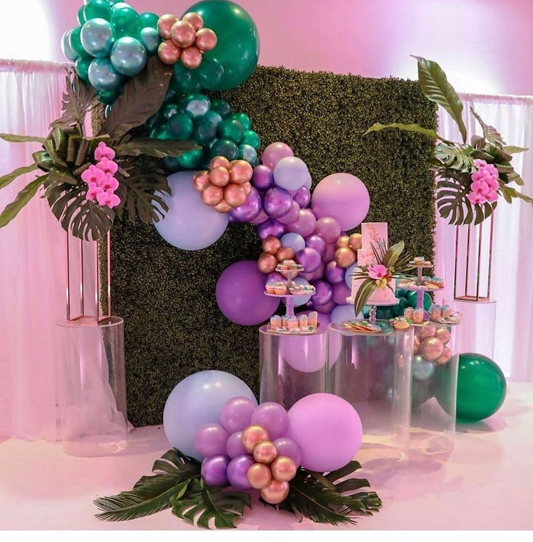 snack bar decor at weddings