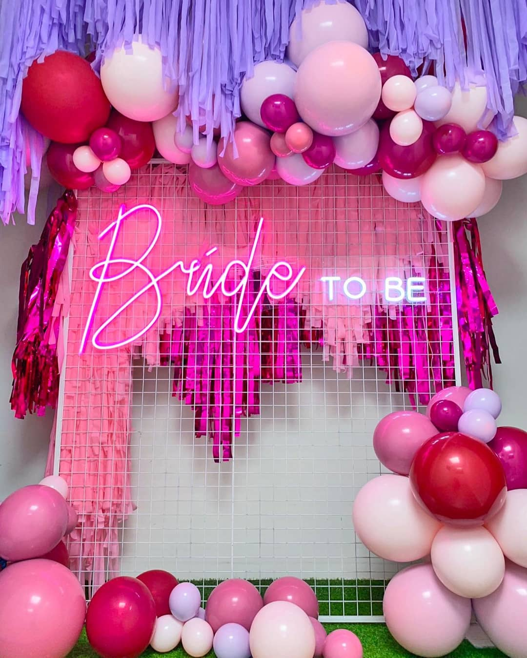 use balloons in your wedding