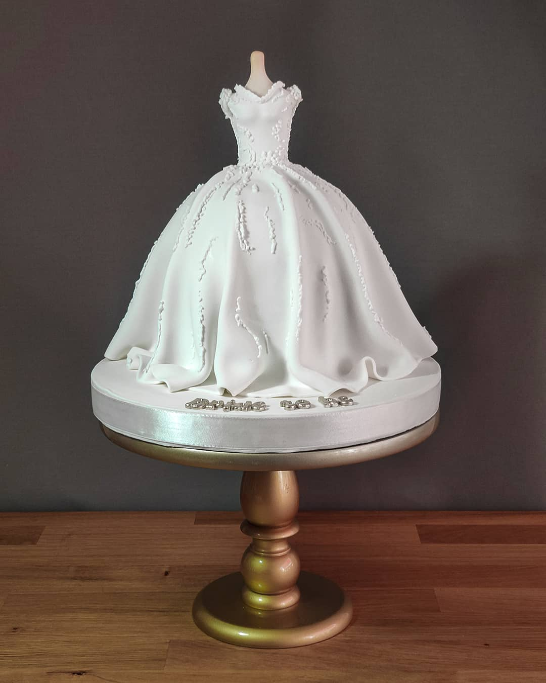 wedding gown cake idea