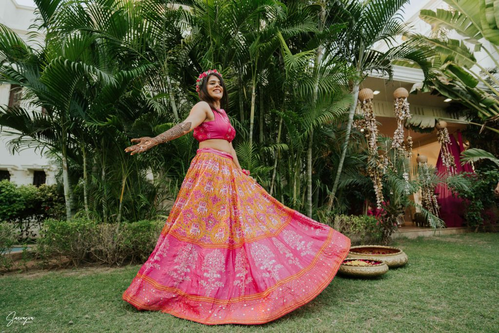 pink mehendi outfit