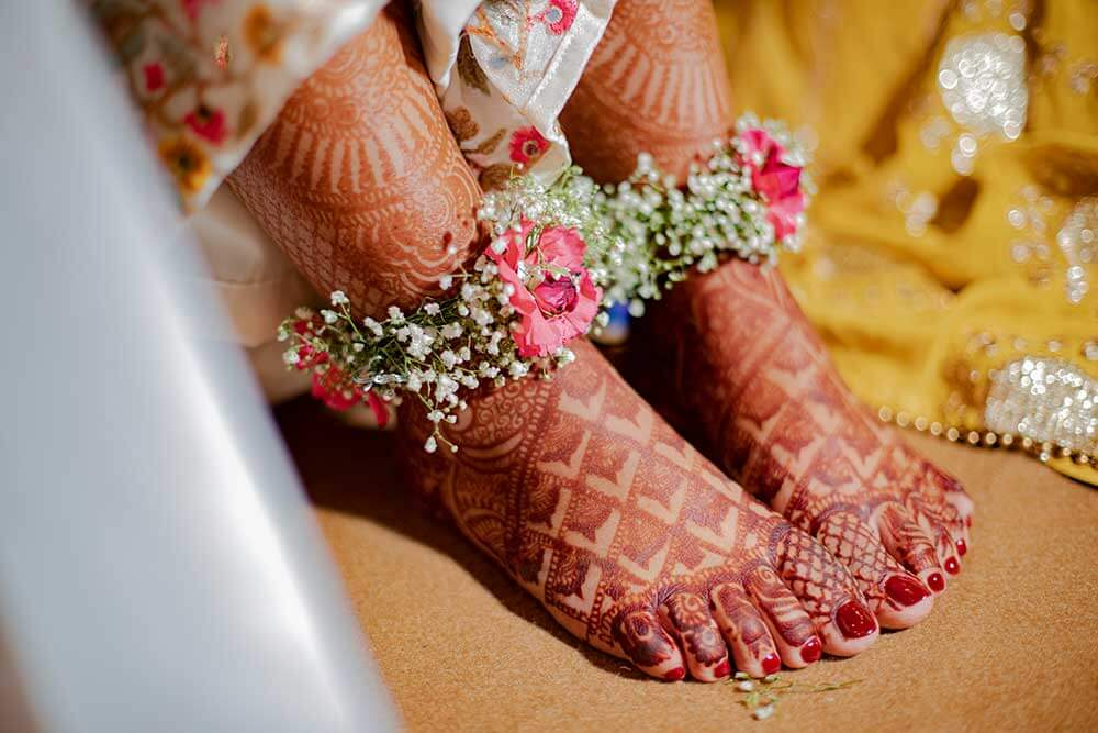 floral jewellery for feet