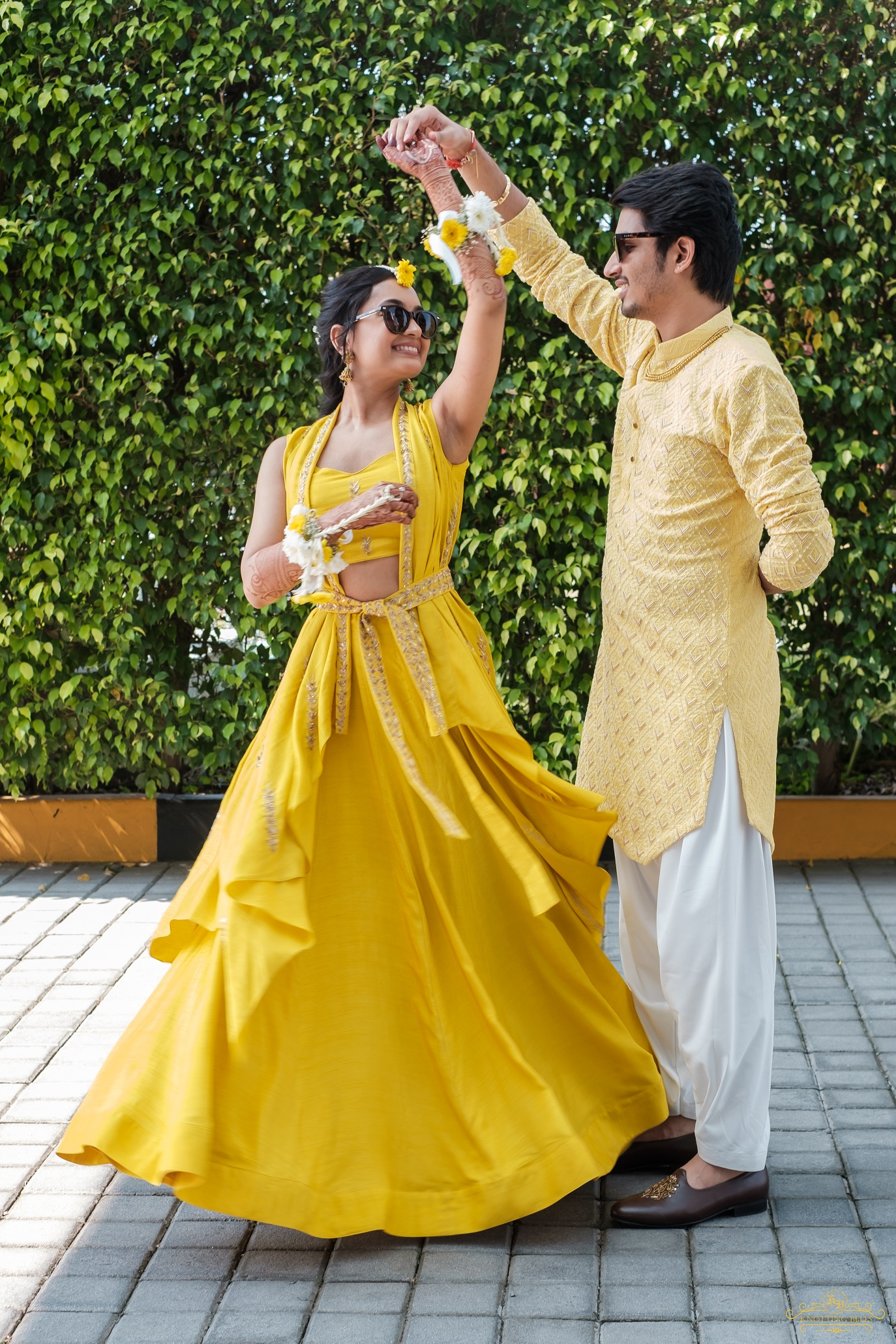 haldi outfits for couples