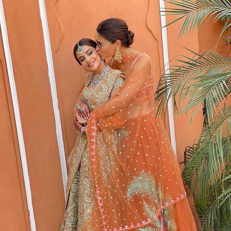 bridesmaid photo shoot ideas