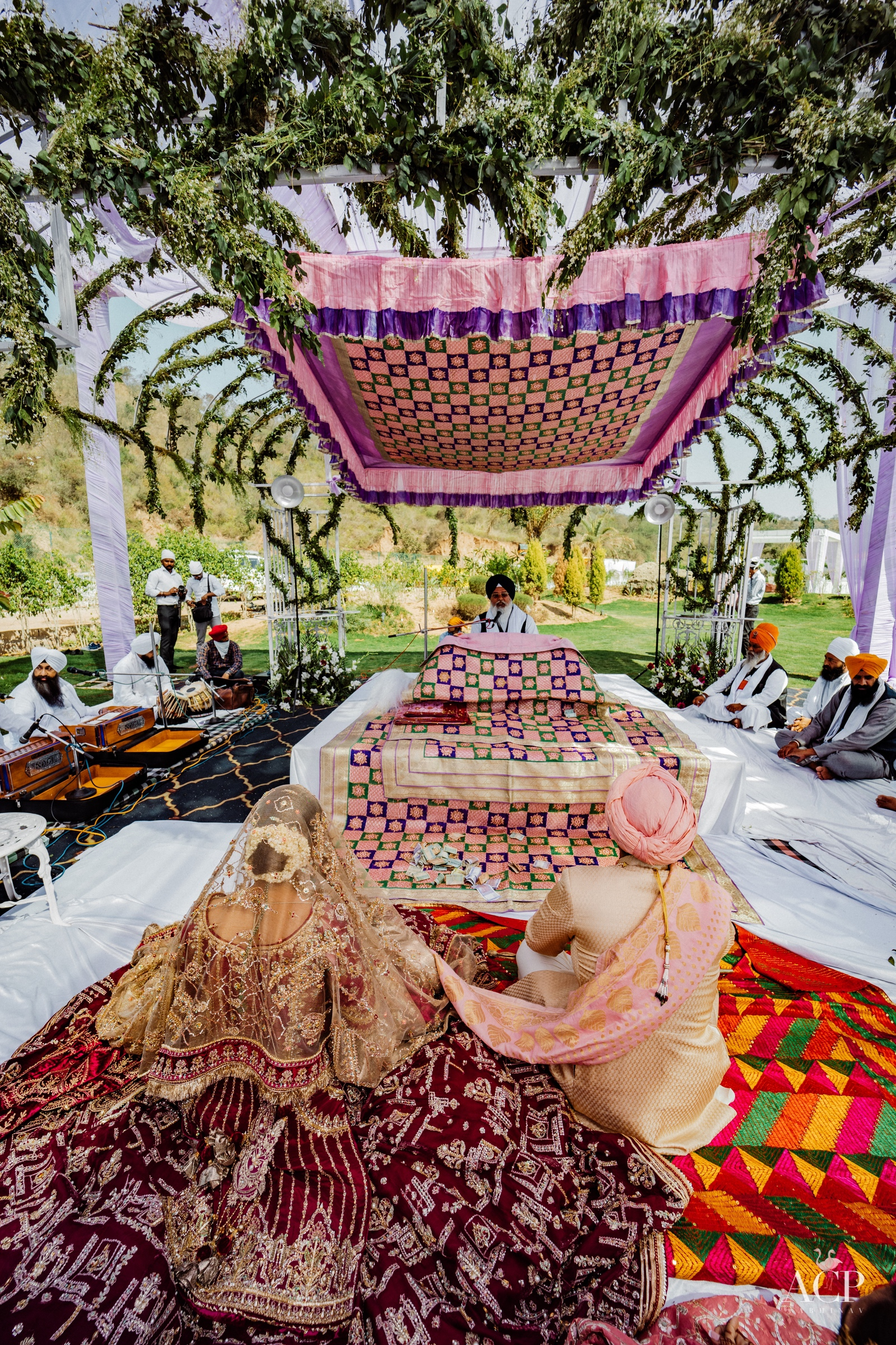 outdoor sikh wedding decor
