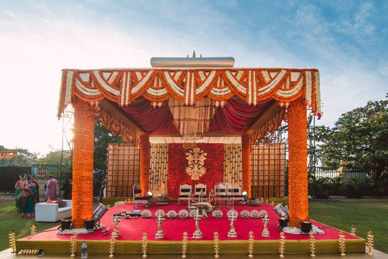traditional mandap decor