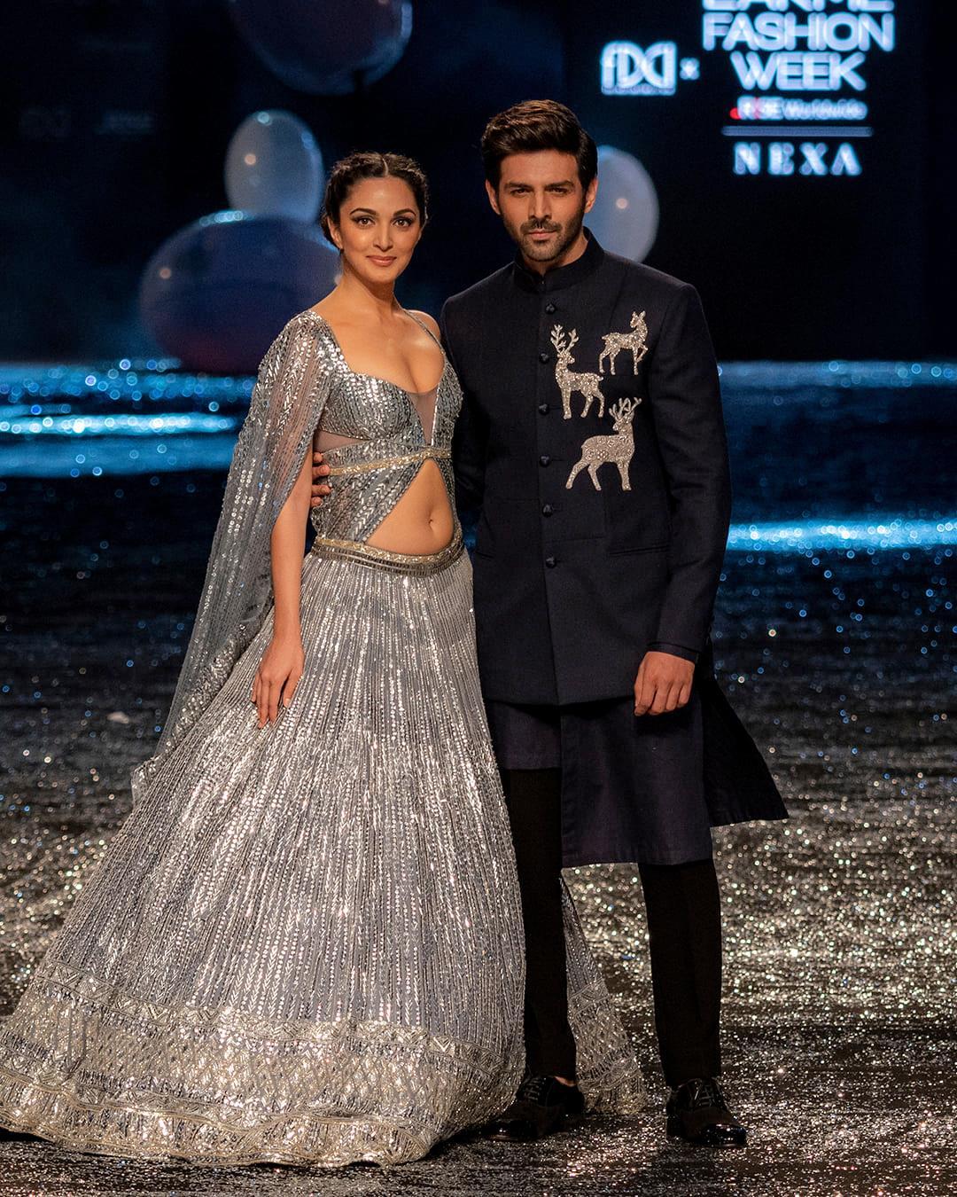 Kiara Advani & Kartik Aryan in Manish Malhotra