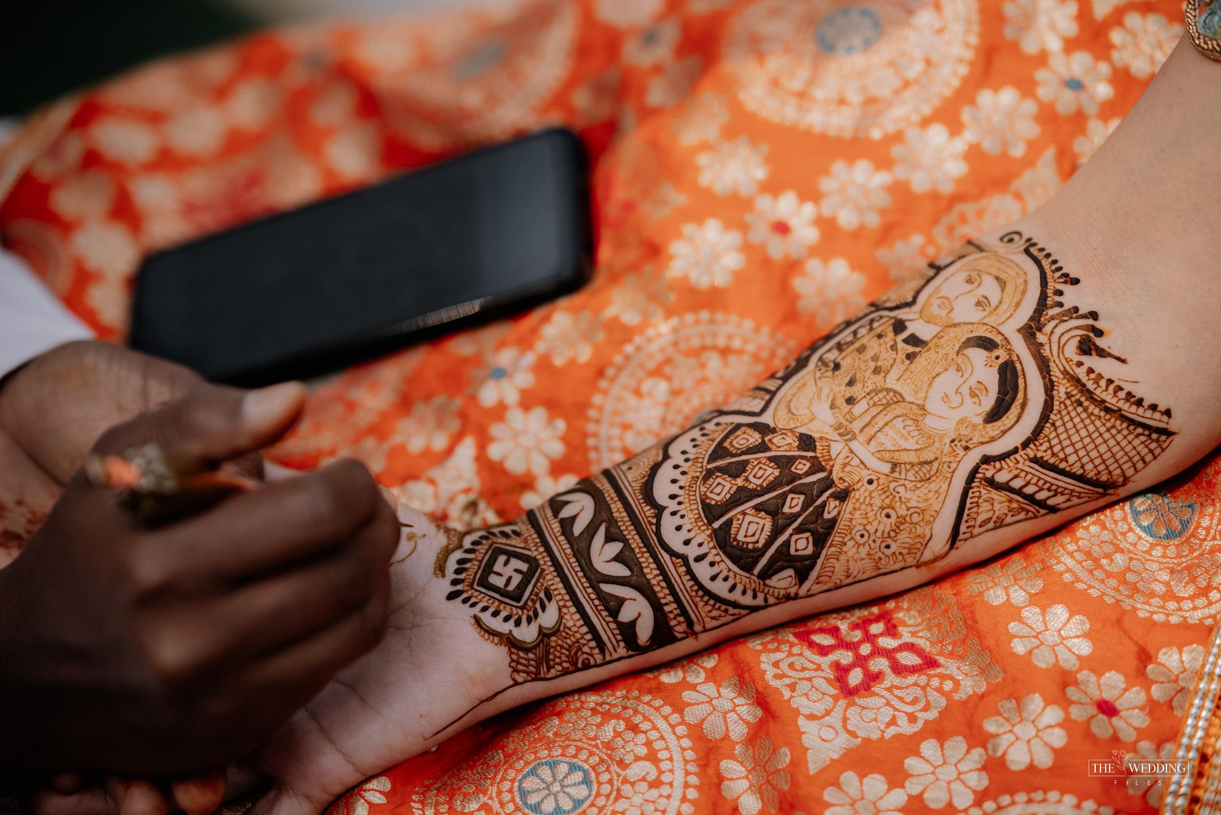 bridal portrait Mehendi
